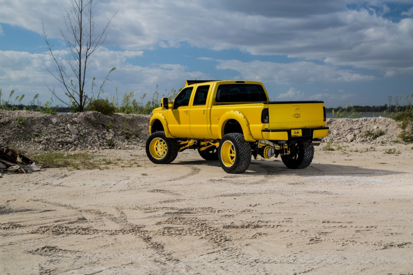 F250_MC_Customs_Dub_Mag_Yellow_2