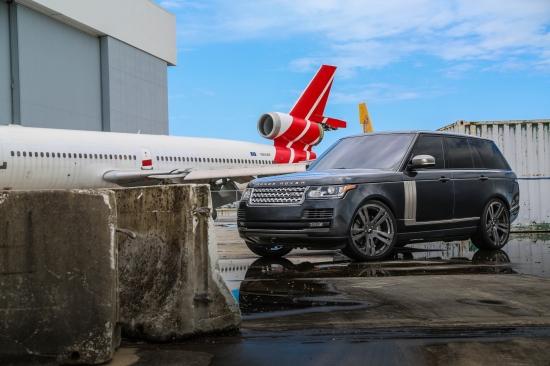 Range Rover on Tratto-1